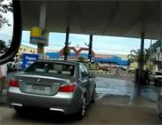Oorgasme: BMW M5 E60 zonder uitlaat