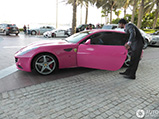 Ferrari FF 'Barbie Edition' gespot in Dubai