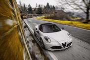 Alfa Romeo 4C Spider is officieel