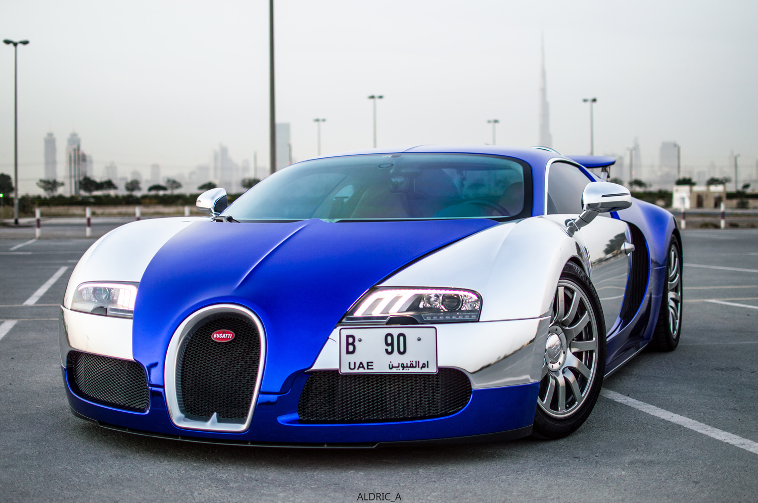 bugatti veyron in dubai bugatti veyron 16 4 grand sport soleil de nuit 21 march 2016 autogespot. Black Bedroom Furniture Sets. Home Design Ideas