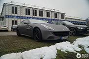 Voetballer Dennis Diekmeier heeft onder andere een Ferrari FF