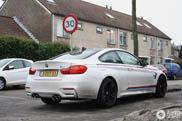 M-kleuren doen de BMW M4 veel goeds