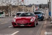 Ferrari 599 GTB heeft een deukje opgelopen