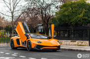 Lamborghini Aventador LP750-4 SuperVeloce perks up Paris
