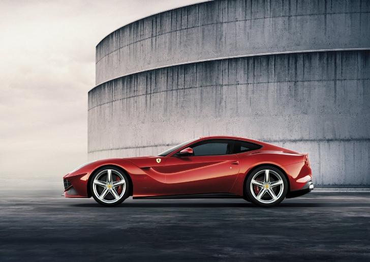 Ferrari overweegt V12 hybride
