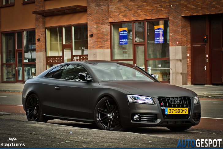 photo of Leroy Fer Audi S5 - car