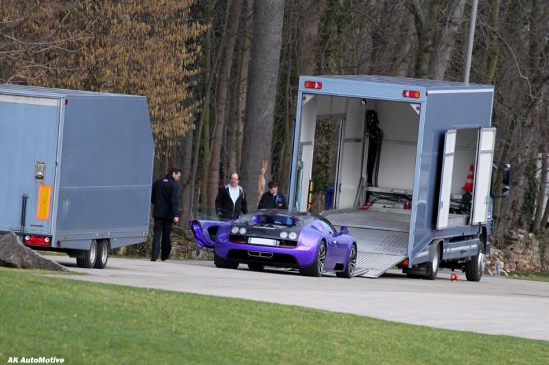lila bugatti veyron 16 4 super sport in molsheim gesichtet. Black Bedroom Furniture Sets. Home Design Ideas