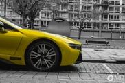Spot van de dag: wederom de BMW i8!