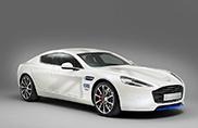 Aston Martin Rapide S voorzien van Brits thema
