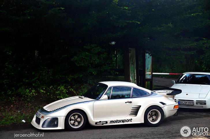 Topspot: very special Porsche 935 K3