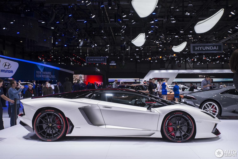 Geneva 2015 Lamborghini Aventador Lp700 4 Pirelli Edition