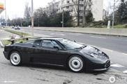 Topspot: the legendary Bugatti EB 110 GT
