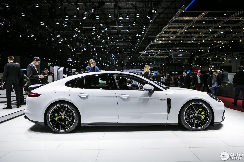 Geneva 2017 Porsche Panamera Turbo S E Hybrid