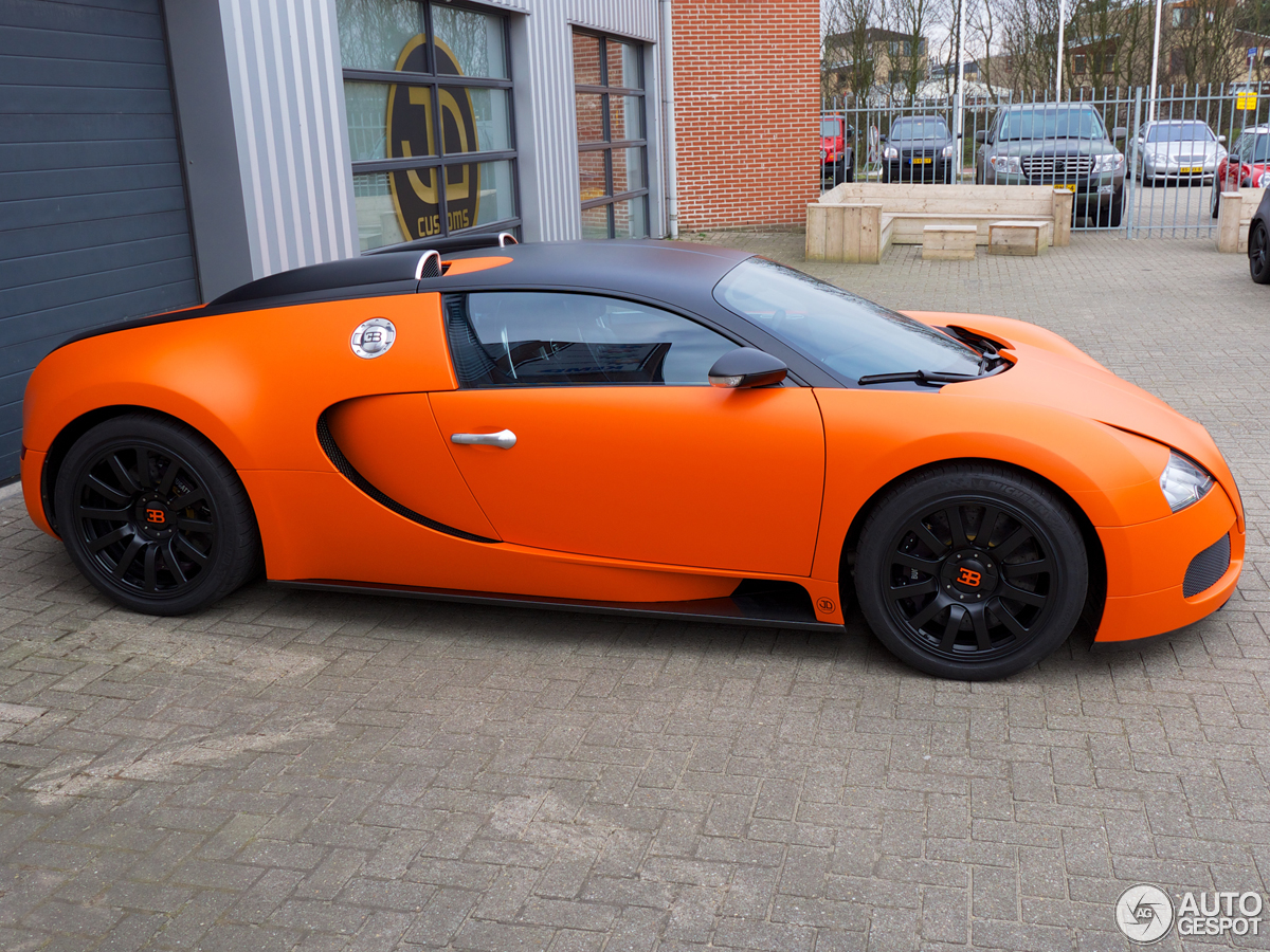 matte bugatti veyron bugatti veyron super sport orange black orange auto design tech. Black Bedroom Furniture Sets. Home Design Ideas