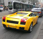 Eigenaar Lamborghini krijgt boete voor onnodig revven