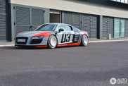 This Audi R8 has a very remarkable set of wheels