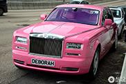 Gespot: de Rolls-Royce Phantom EWB van Deborah Hung