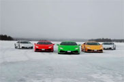Movie: Lamborghini Huracán versus a snow scooter