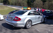 Movie: official Mercedes Formule 1 safety car gets driving training