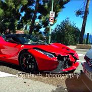 Ecco una LaFerrari incidentata a Monaco!