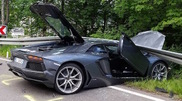 This is not how we like to see the Aventador
