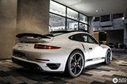 Exclusieve Porsche 911 Turbo gespot: alleen voor de Britten