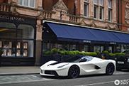 Tailor Made op zijn best: prachtige LaFerrari gespot in Londen