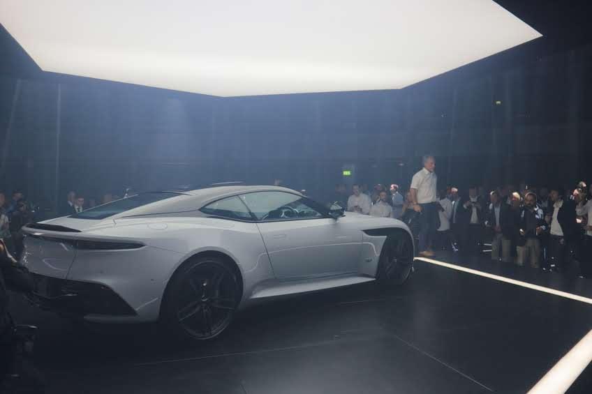 Officieel! Aston Martin DBS Superleggera