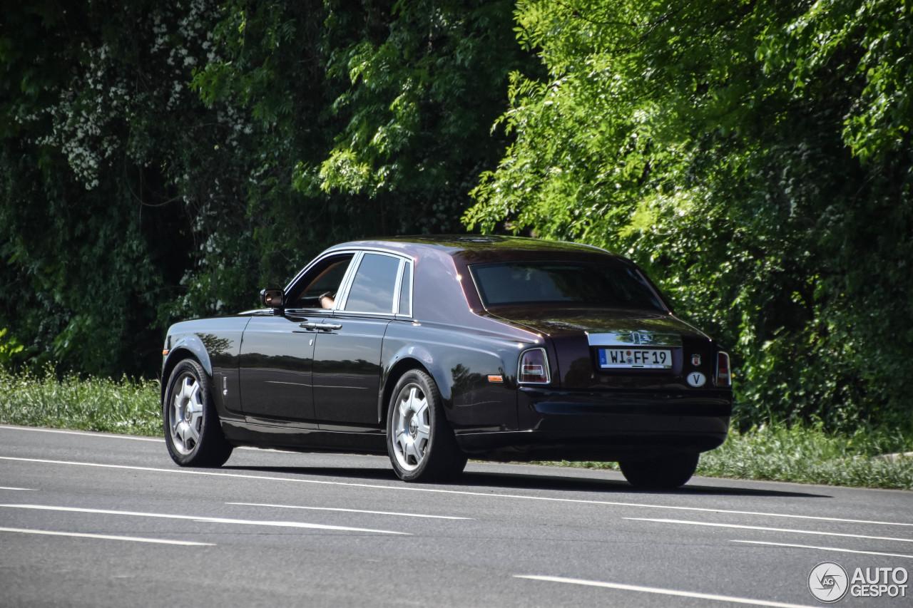 Rolls-Royce Phantom komt nog goed voor de dag
