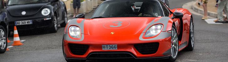 Porsche 918 Spyder straalt in Salzburg Racing Design livery