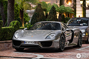Porsche 918 Spyder has a matching license plate