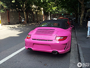 Pink Porsche Carrera GTS is a real necks turner in Shanghai