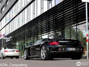 Black Porsche Carrera GT is still very desirable