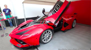 Movie: Ferrari FXX-K, FXX and 599 XX have a rev battle