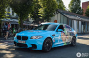 Belgische BMW M5 rijdt reclame voor Frozen