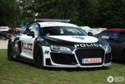 Deze politie-R8 is een wel heel dikke creatie