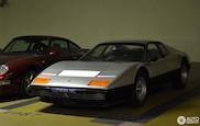 Ferrari 512 BB en Porsche 993 Turbo gebroederlijk naast elkaar