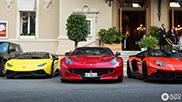 Ferrari F12tdf langs rivalen gespot
