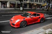 Gespot: Porsche 991 Turbo met goodies van Moshammer