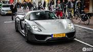Spot van de dag: de welbekende Porsche 918 Spyder Weissach!