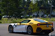Deze Ferrari F12tdf is klaar voor aflevering