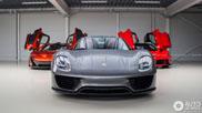 Spot van de dag: McLaren P1 in supercombo