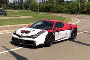 Ferrari 458 Speciale Spider staat in Parijs