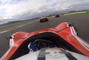 Filmpje: BAC Mono versus McLaren P1 op Silverstone
