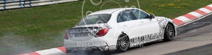 Spyshots: smoking Mercedes-Benz C 63 AMG W205
