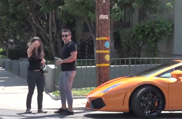 Movie: this woman prefers a Lamborghini
