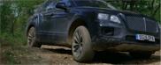 Bentley laat kunsten Bentayga zien