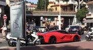 Filmpje: Ferrari LaFerrari wordt aangehouden in Cannes