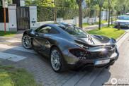 McLaren P1 is prima vervoer door Knokke-Heist