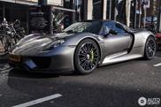 Spot van de dag: Porsche 918 Spyder Weissach Package